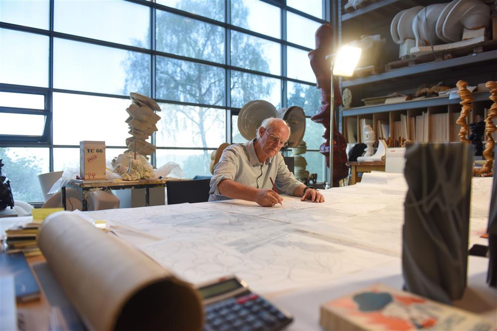 Tony Cragg in seinem Atelier II