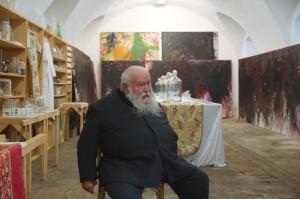 Hermann Nitsch in seinem Atelier