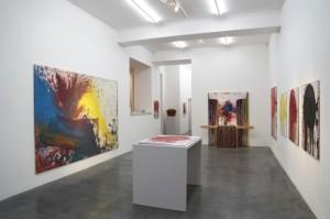 Installation der Werke von Hermann Nitsch